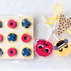 Presentpåse - Tre i rad + 2 st Emoji pops