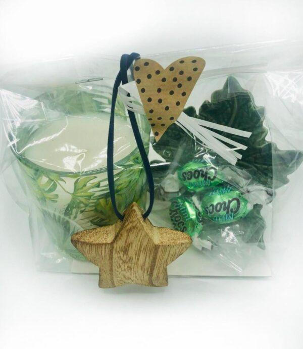 Presentpåse - Ljus, stjärna, fat löv, mintchoklad