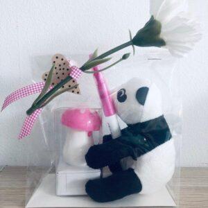 Presentpåse - Panda gosedjur, 2 pennor, blomma