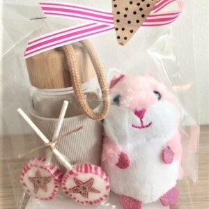 Presentpåse - Vattenflaska, söt liten hamster, 2 klubbor