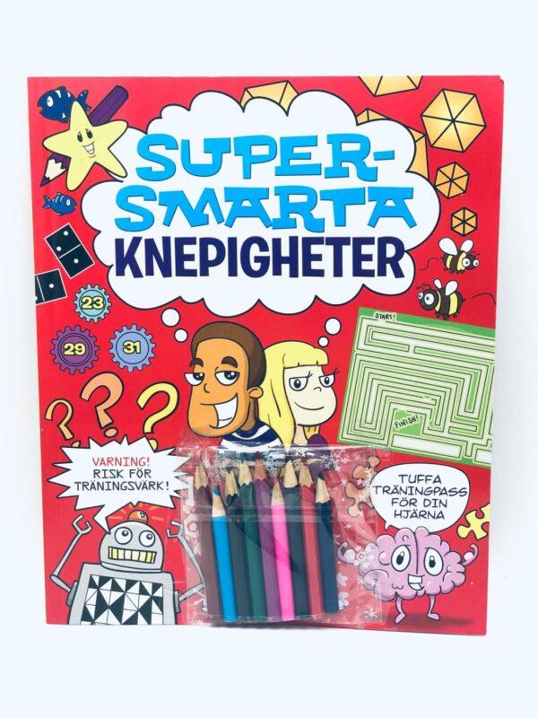 Pysselbok och färgpennor